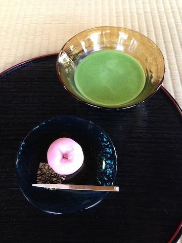 座禅 お抹茶.jpg